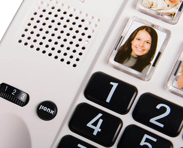 טלפון מוגבר לכבדי שמיעה עם תמונות C200 שחור